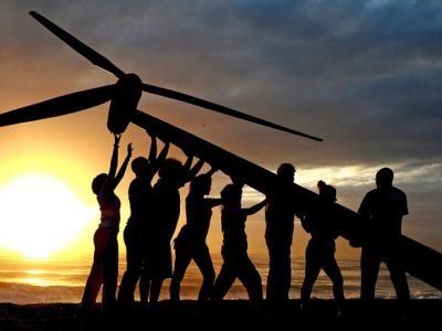 Diez pasos de Greenpeace para reinventar el sistema eléctrico