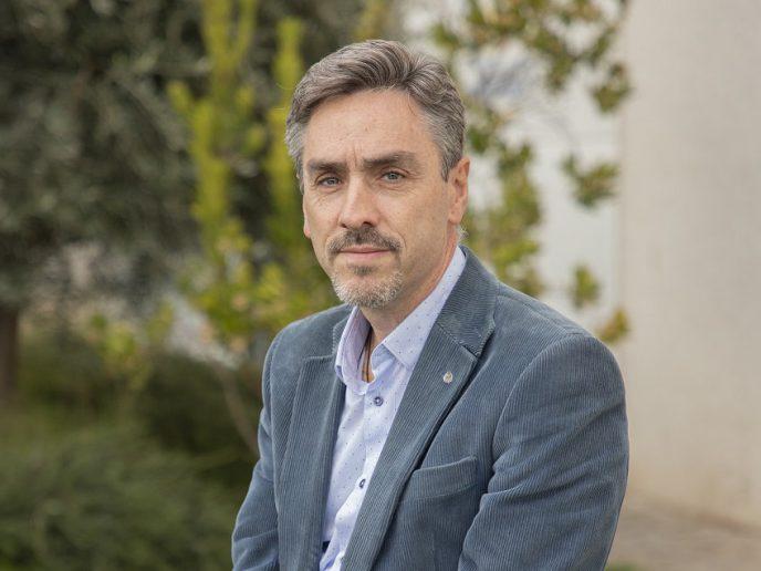 Carlos A. Pretel, de Grupo Prilux