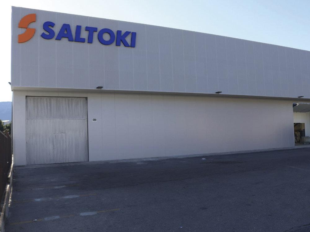 Fachada del nuevo centro de Saltoki en Alcoy