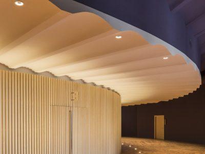 LEDS C4 ilumina el edificio del Paranimf de la Escola Industrial de Barcelona