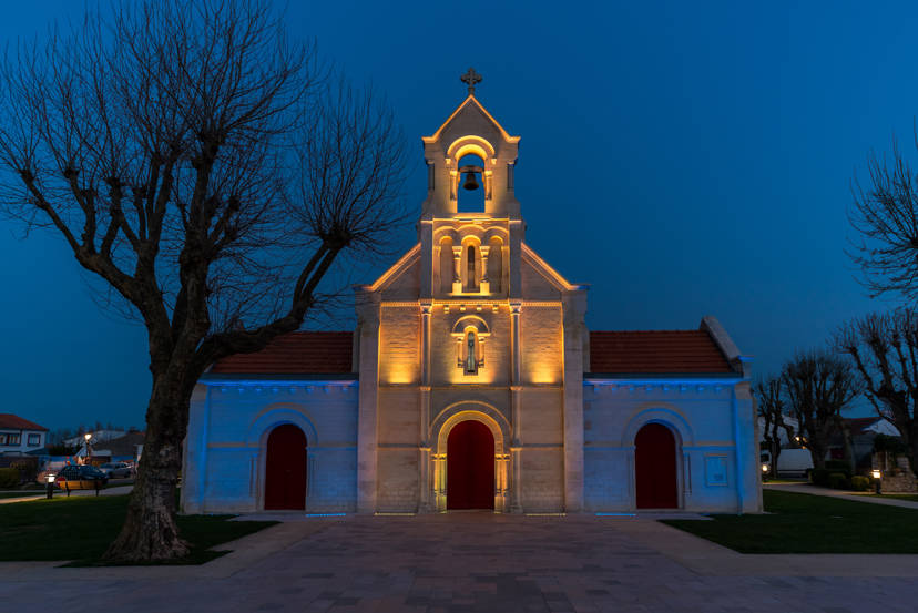 Iglesia Sainte-Madeleine (Francia) por GRUPO MCI