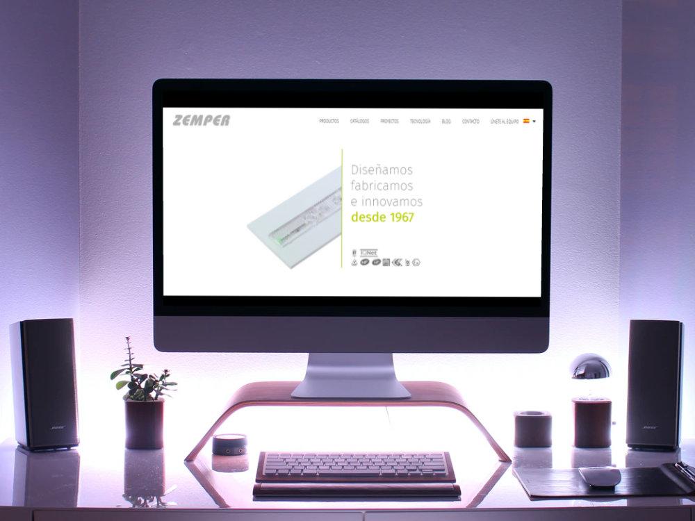 Página web de Zemper vista en una pantalla de sobremesa