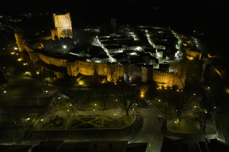 Televés Portugal renueva la iluminación del casco antiguo de Bragança