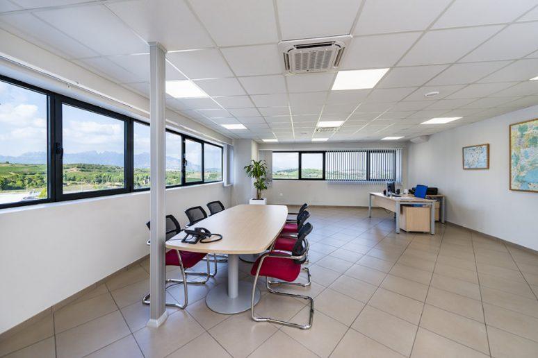 Iluminación de oficinas Trilux